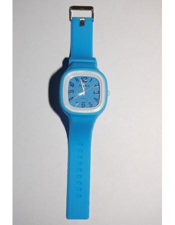 Гламурные наручные часы. Голубой цвет