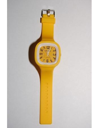 Силиконовые наручные часы. Желтый цвет