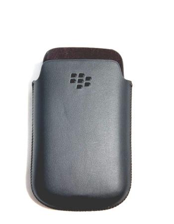 Оригинальный чехол Blackberry 9780/9700. Черный цвет HDW-31228-002