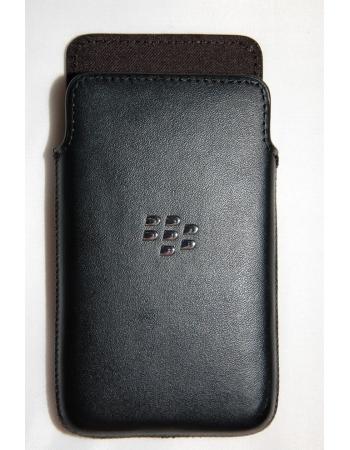 Чехол Blackberry Z10 HDW-49275-001. Черный цвет. Оригинальный